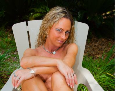 Christy69, 35 – Live Adult cam-girls and Sex Chat on Livex-cams