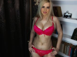 Image of LADY_LOVE__